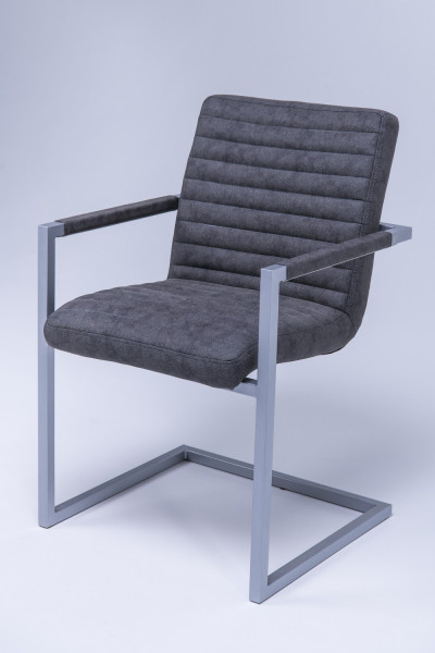 Marion armchair (with armrests)